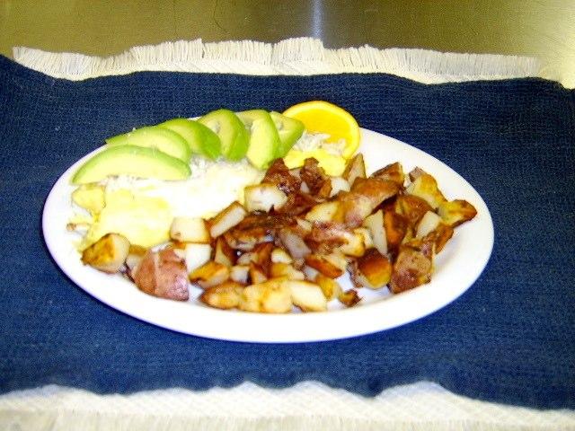 Avocado-Cheese-Omelet