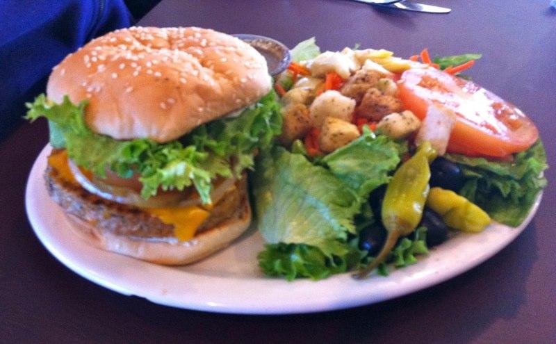 Veggie-Burger-Salad